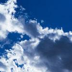 「なぜ空は青いの?」説明できないと恥ずかしい?が、意外と分からないその理由
